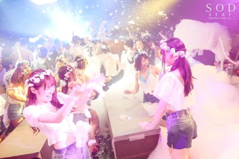 エロVRを楽しめるSODstarのAV女優【同時出演のハーレム系作品も】